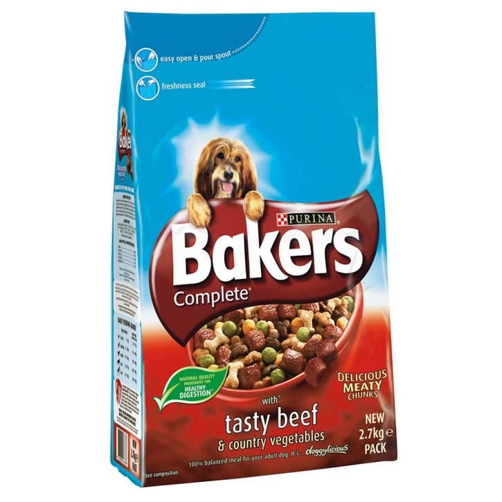 Bakers Beef & Country Vegetables Adult Dog Food 2.7kg