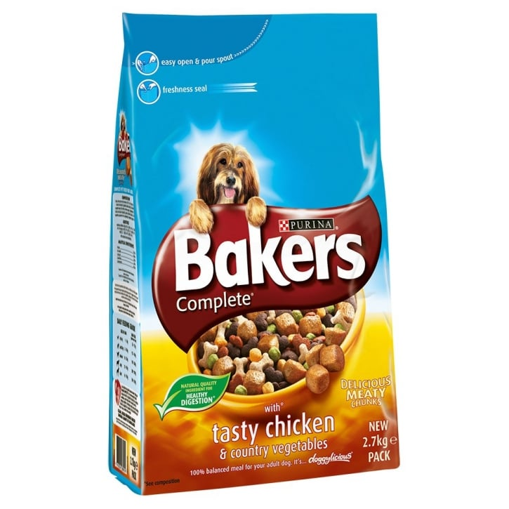 Bakers Chicken & Country Vegetables Adult Dog Food 2.7kg