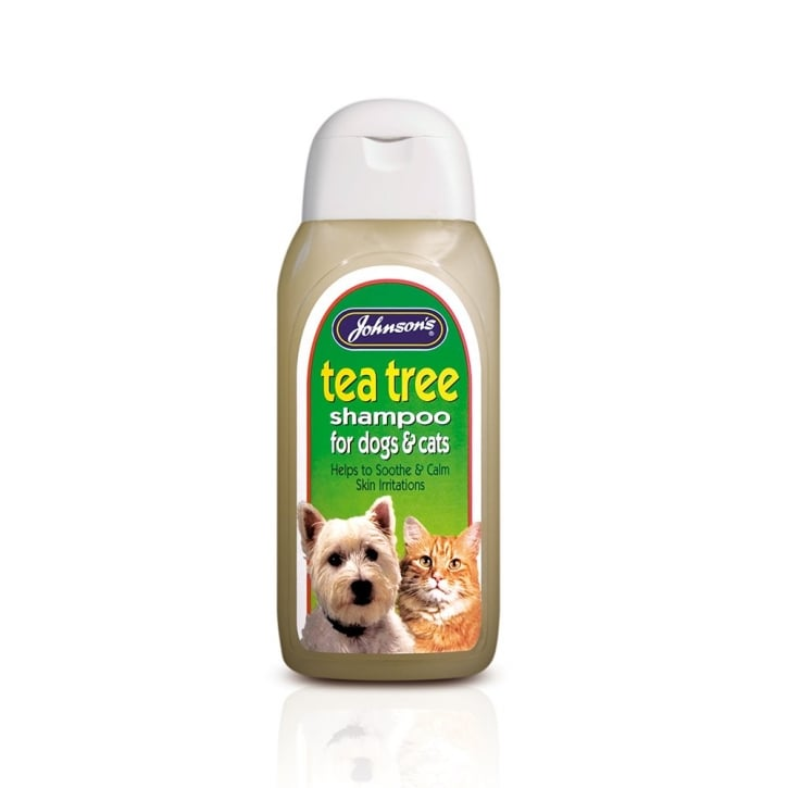 Johnsons Veterinary Tea Tree Dog Shampoo 200ml