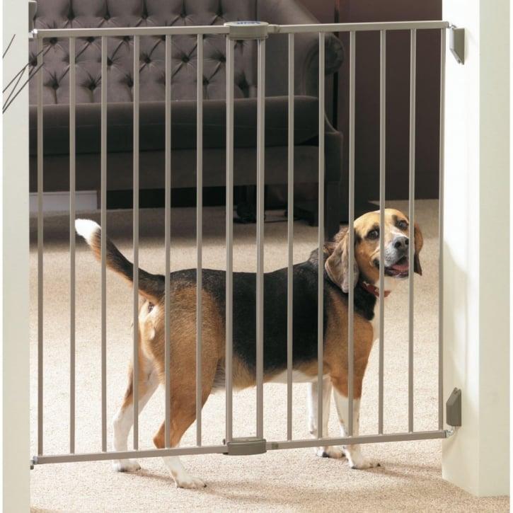 Savic Dog Barrier Door 62 Size 102x95cm Feedem