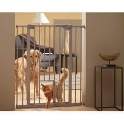 Savic Dog Barrrier With Cat or small Dog Door 75x107x4cm