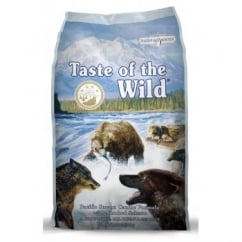 Taste of the Wild Adult Dog Food Pacific Stream Smoked Salmon 13.6kg